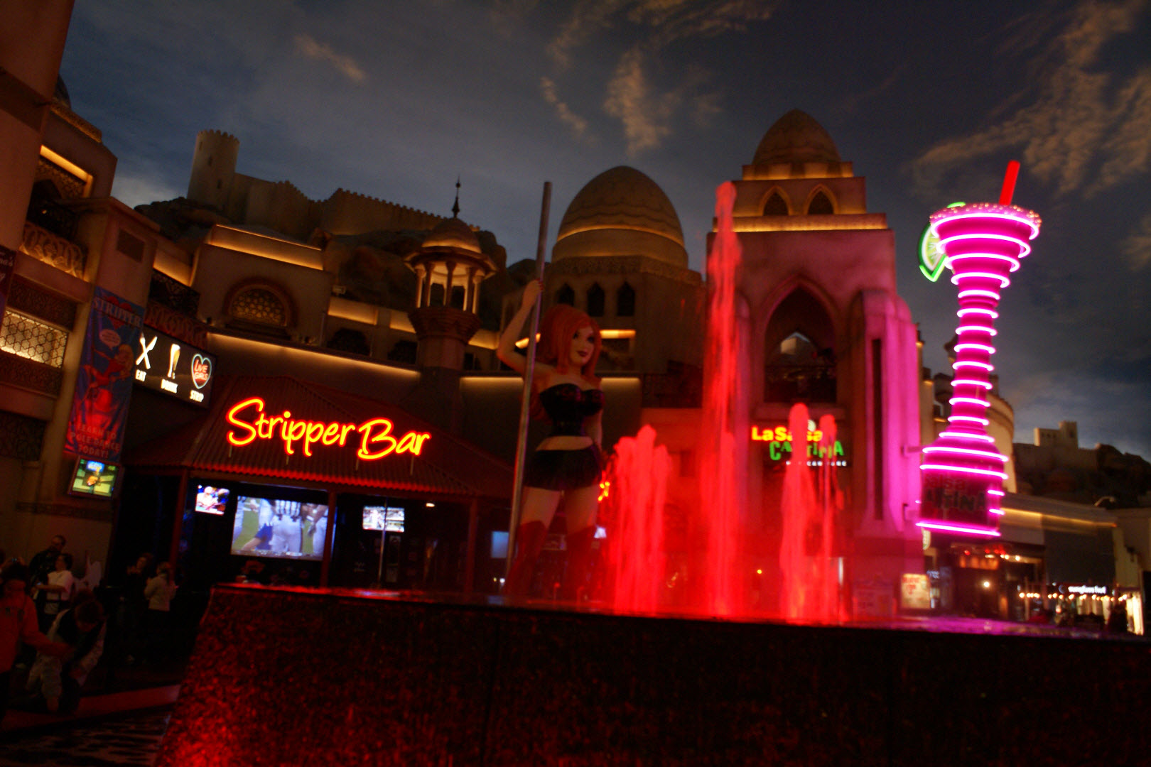 Hotel and show package deals in las vegas
