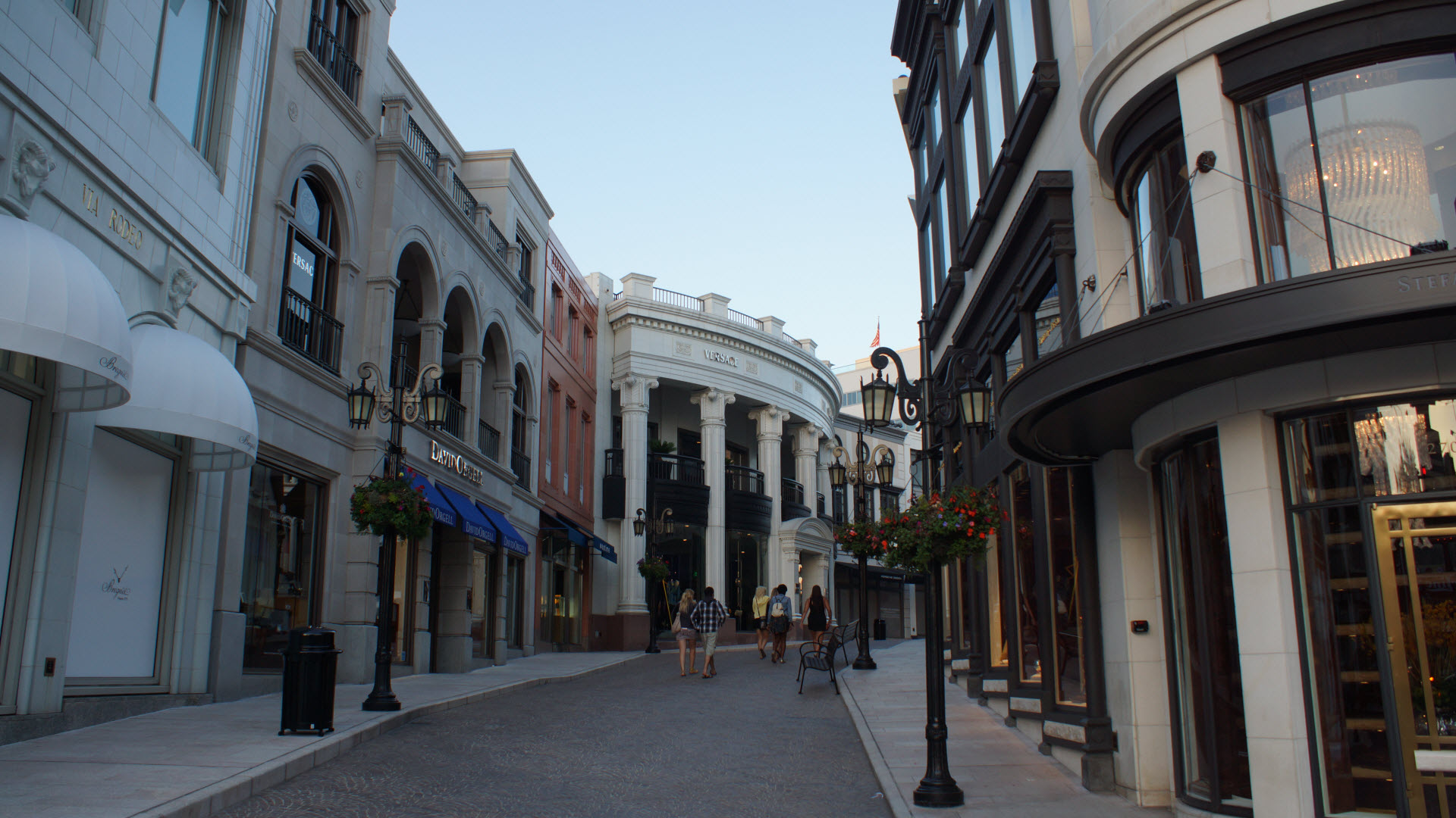 Rodeo Drive Shoe Stores