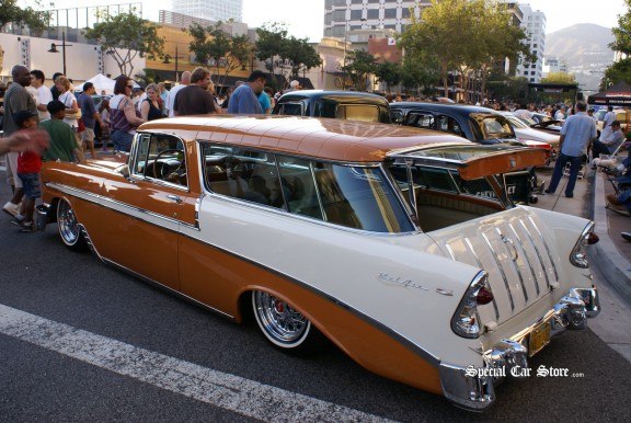 Collector Cars at Glendale Cruise Night 2011