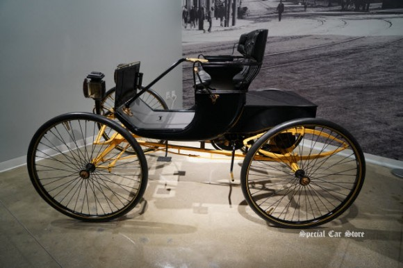1900 Smith Runabout at Petersen Automotive Museum 2017