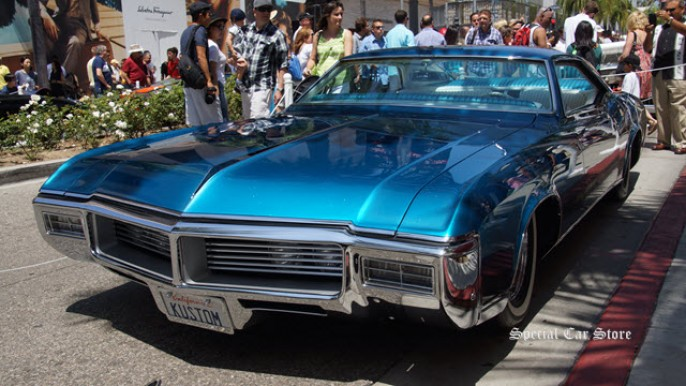 1968 Buick Riviera The Pantheon by John D'Agostino at Rodeo Drive Concours d'Elegance 2015