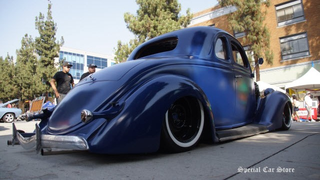 5th Downtown Burbank Car Classic: 'Bank of' Special Cars