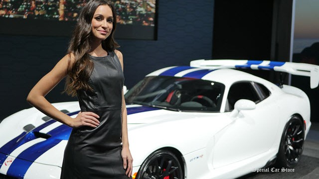 LA Auto Show: Changing Gears, Colors and Minds